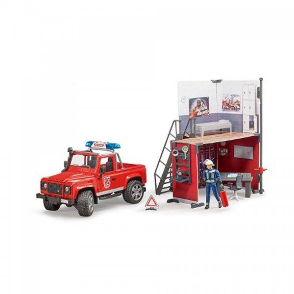 Bruder bworld Feuerwehrstation mit Land Rover Defender und Feuerwehrmann
