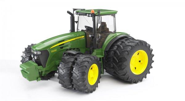 Bruder John Deere Traktor 7930 mit Zwillingsbereifung